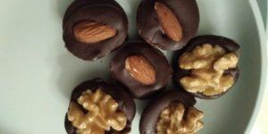 Lekkere keto chocolaatjes met noten