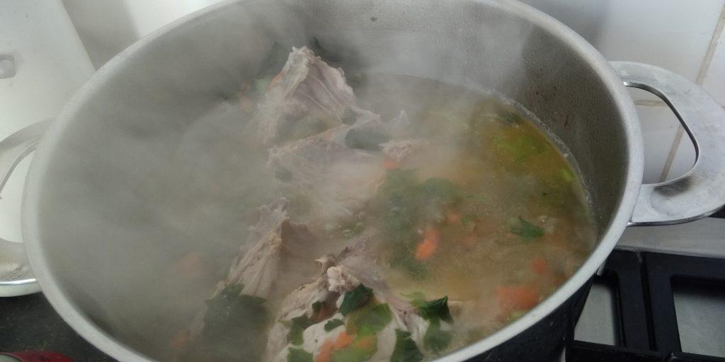 Keto bouillon maken