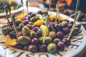 Keto snack olijven