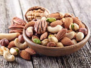niet alle noten, zaden en pitten zijn koolhydraatarm