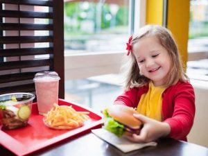 wat eet je kind niet op het oerkracht dieet