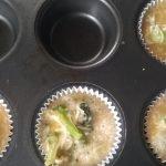 Bak de muffins in de voorverwarmde oven gaar