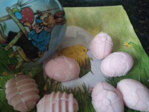 Keto aardbeien paaseitjes