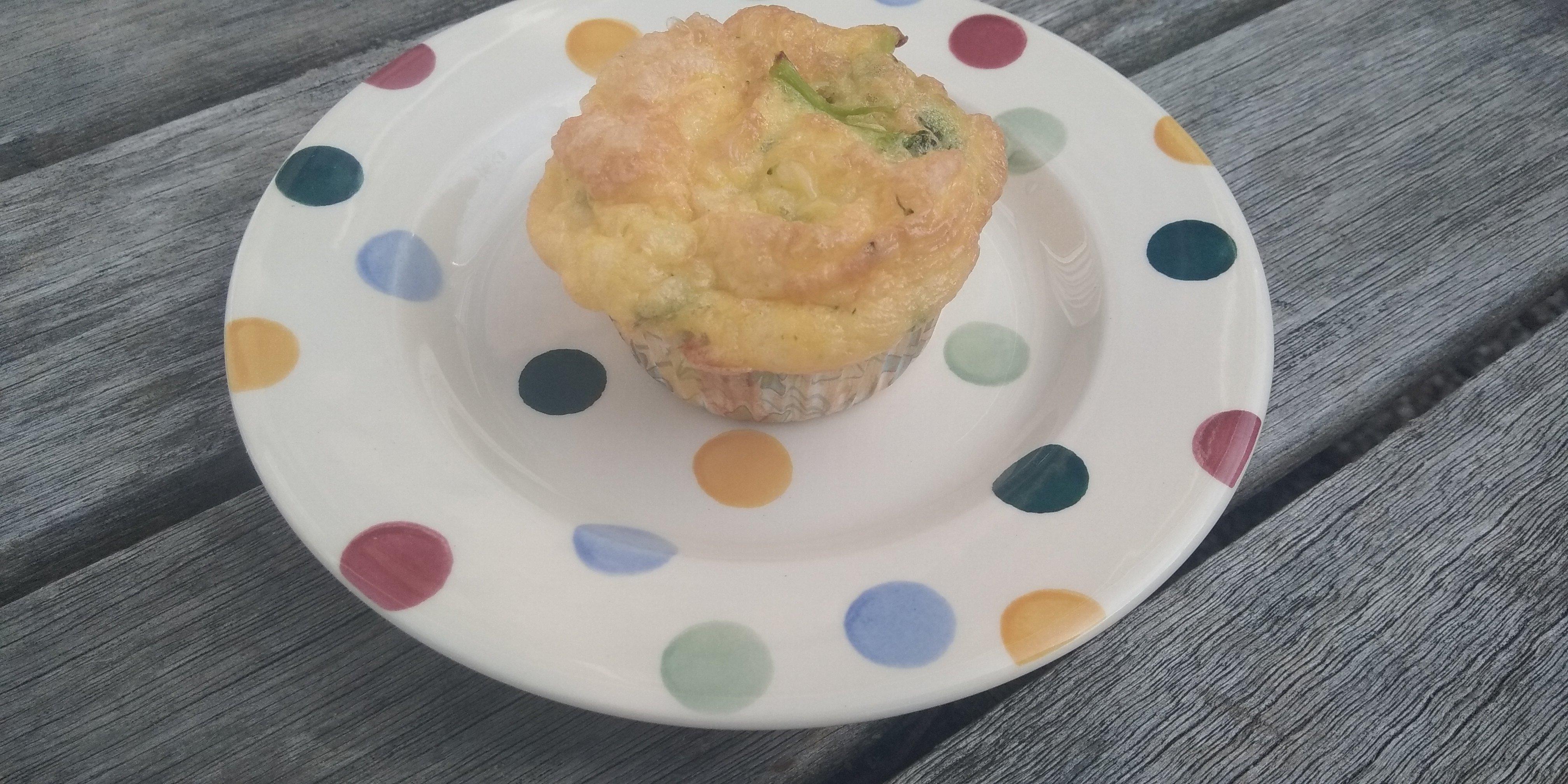 Hartige keto broccoli-kaas muffins