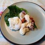 Tonijnsalade met gepocheert ei