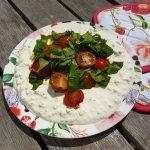 hutten kase-tomatensalade