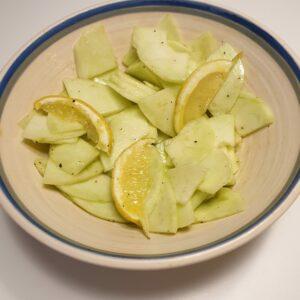 Salade met ronde komkommer