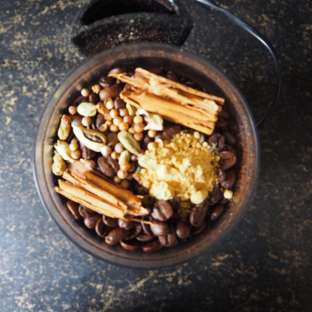 koffie met specerijen
